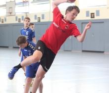 Ohne Probleme blieben Tobias Otten und seine Teamkollegen von der B-Jugend der Handballfreunde am Wochenende. (Foto: Heidrun Riese)