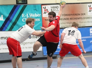 """Christoph """"Walli"""" Wallroth machte nach dem Seitenwechsel den Unterschied, setzte seine Teamkollegen ein und sorgte selbst für wichtige Treffer. (Foto: Heidrun Riese)"""