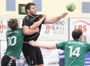 Stefan Hufelschulte ist einer der Spieler der letztjährigen 1.Mannschaft, die in dieser Saison in der Reserve der Handballfreunde auf Punktejagd gehen. (Foto: Heidrun Riese)