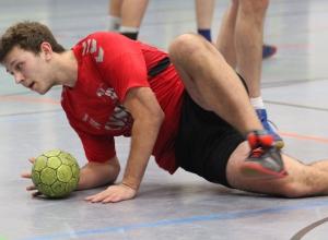 Nick Stromberger erlebte mit den Handballfreunden eine derbe Bruchlandung. (Foto: Heidrun Riese)