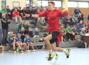 War am Wochenende in A- und B-Jugend im Einsatz und mit beiden Teams erfolgreich: Leon Hinz. (Foto: Heidrun Riese)
