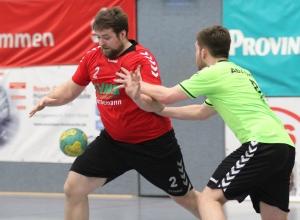 Christoph Wallroth hatte mit den Handballfreunden wenig Mühe, einen klaren Sieg gegen die Reserve des ASV Senden herauszuwerfen. (Foto: Heidrun Riese)