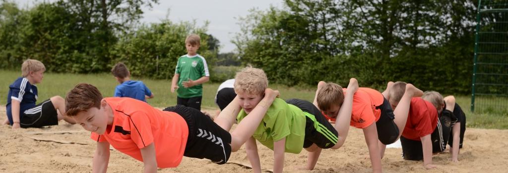 Mitunter anstrengend, aber immer mit einer gesunden Portion Spaß garniert: das Jugendtrainingslager der Handballfreunde.