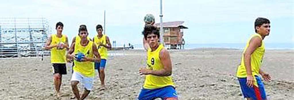 Handball am Äquator. Zumindest in Ecuador durchaus exotisch. Foto: Privat