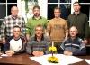 Drei Reckenfelder und drei Grevener gründeten 2005 die Handballfreunde. Die Ex-09er Andreas Krumschmidt und Andy Storkebaum (1. und 3.v.l., obere Reihe) sind heute noch im Vorstand, ebenso die SCRler Torsten Hirsch und Alfons Teigeler (1. und 3.v.l., untere Reihe). Foto: HF
